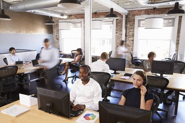 In-house or Outsourced IT Development? Why Offshore Teams Are Taking Over